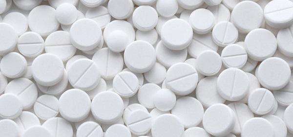 acyclovir la thuoc gi cong dung lieu dung va luu y su dung 1 - Acyclovir là thuốc gì? Công dụng, Liều dùng và Lưu ý sử dụng
