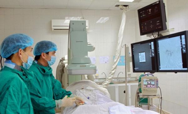 dieu tri ung thu gan bang phuong phap toce – nut mach lieu co hieu qua - Điều trị ung thư gan bằng phương pháp Toce – Nút mạch liệu có hiệu quả?
