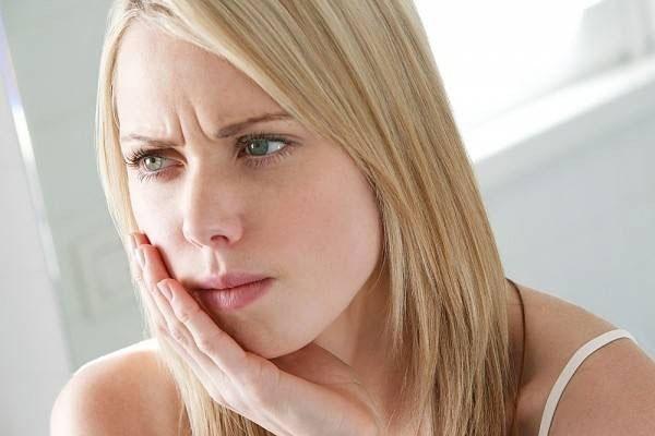 e rang la benh gi nguyen nhan va cach dieu tri e rang tai nha 2 - Ê răng là bệnh gì? Nguyên nhân và Cách điều trị ê răng tại nhà