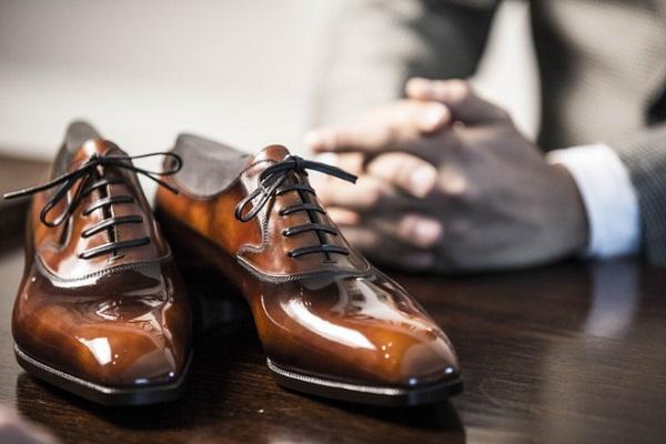 giay oxford la gi nguon goc va nhung cach phoi giay oxford 1 - Giày Oxford là gì? Nguồn gốc và Những cách phối giày Oxford