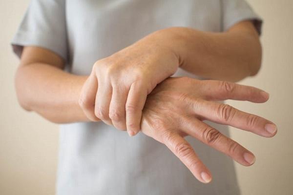 parkinson la benh gi tong hop thong tin ve can benh parkinson - Parkinson là bệnh gì? Tổng hợp thông tin về căn bệnh Parkinson