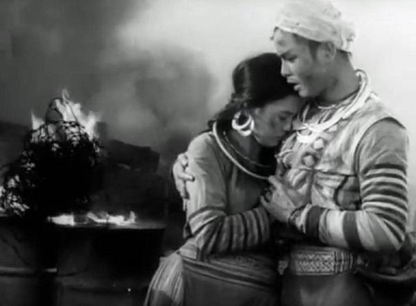 phan tich nhan vat mi trong dem tinh mua dong vo chong a phu to hoai - Phân tích nhân vật Mị trong đêm tình mùa đông: Vợ chồng A Phủ-Tô Hoài