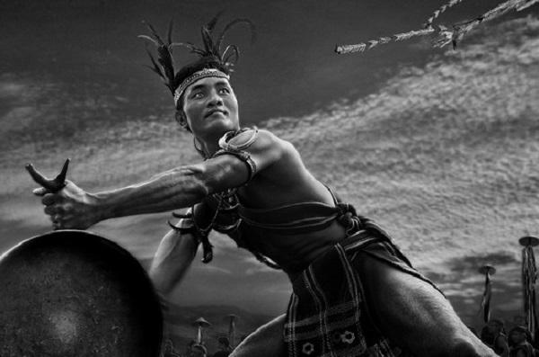 phan tich ve dep su thi cua nhan vat tnu trong rung xa nu 1 - Phân tích vẻ đẹp sử thi của nhân vật Tnú trong Rừng Xà Nu