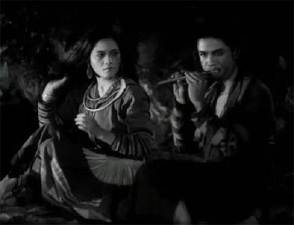 so sanh nhan vat mi va thi no de thay than phan nguoi phu nu xua 1 - So sánh nhân vật Mị và Thị Nở để thấy thân phận người phụ nữ xưa