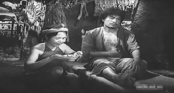 so sanh nhan vat trang va chi pheo – van hoc thpt 2 - So sánh nhân vật Tràng và Chí Phèo – Văn học THPT