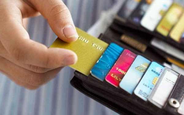 tim hieu ve phi vuot han muc tin dung la gi 1 - Tìm hiểu về phí vượt hạn mức tín dụng là gì?