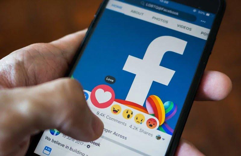 benh nghien facebook - Nghị luận về nghiện facebook - 3 bài văn NLXH vấn đề nghiện facebook của học sinh giới trẻ ngắn gọn hay nhất