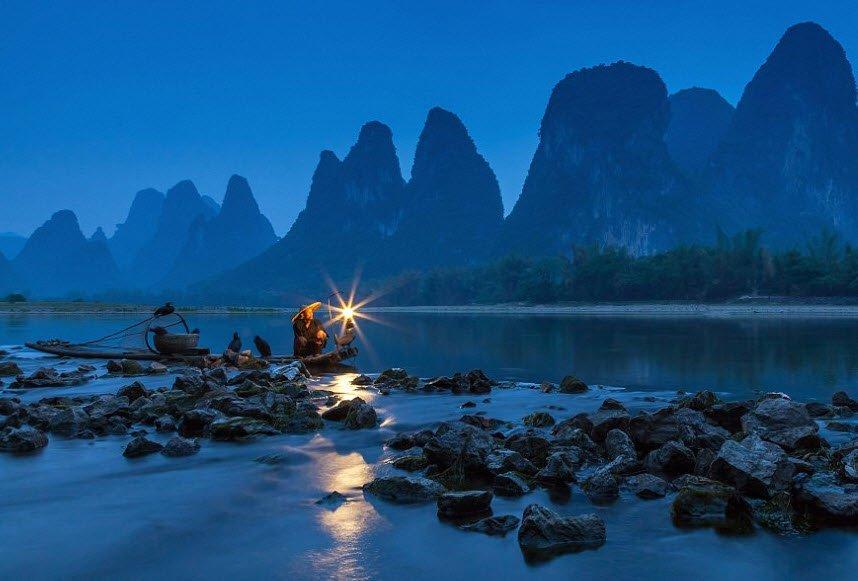 cu gia dang ngoi cau ca - Tả một cụ già cao tuổi, tả cụ già đang ngồi câu cá bên hồ hay nhất ngắn gọn