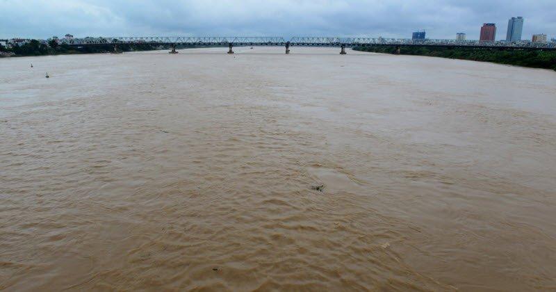 dong song hong - Tả sông Hồng lớp 5 hay nhất - 3 bài văn miêu tả con sông Hồng quê em