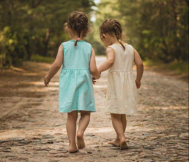 em gai - Tả em gái, chị gái của em lớp 5 hay nhất - 3 bài văn miêu tả chị em gái ngắn gọn
