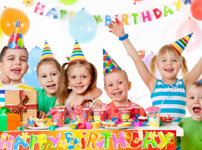 hinh anh van mau viet ve bua tiec sinh nhat bang tieng trung - Văn mẫu tiếng Trung: Viết về bữa tiệc sinh nhật bằng tiếng Trung