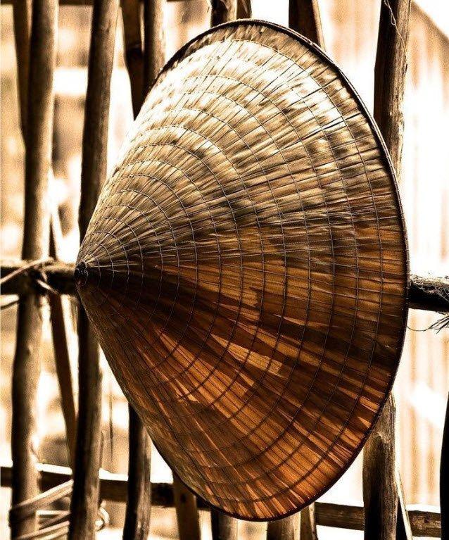 ta do vat cai non la - Tả đồ vật lớp 5 ngắn gọn hay nhất - 4 bài văn miêu tả cái nón, cái bàn học, cái cặp