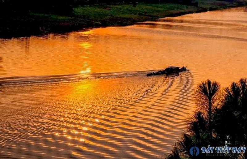 top 10 bai van mau ta canh song nuoc ta canh dong song que em dat diem cao 3 - Top 10 bài văn mẫu tả cảnh sông nước, tả cảnh dòng sông quê em đạt điểm cao