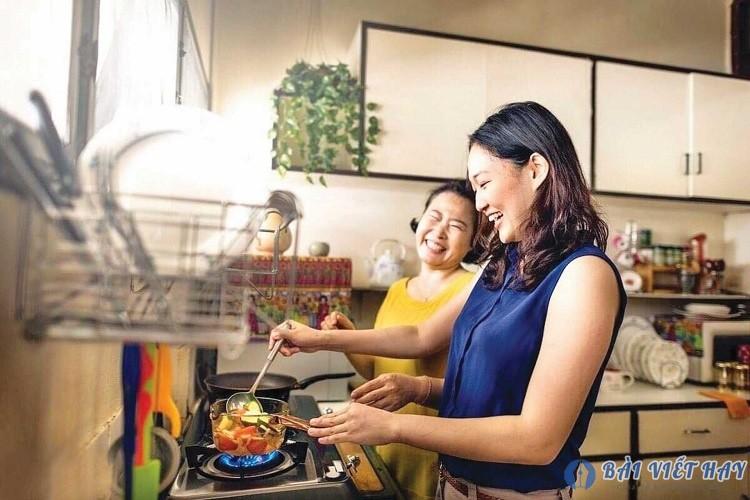 top 10 bai van mau ta me dang nau com hay nhat 5 - Top 10 bài văn mẫu tả mẹ đang nấu cơm hay nhất