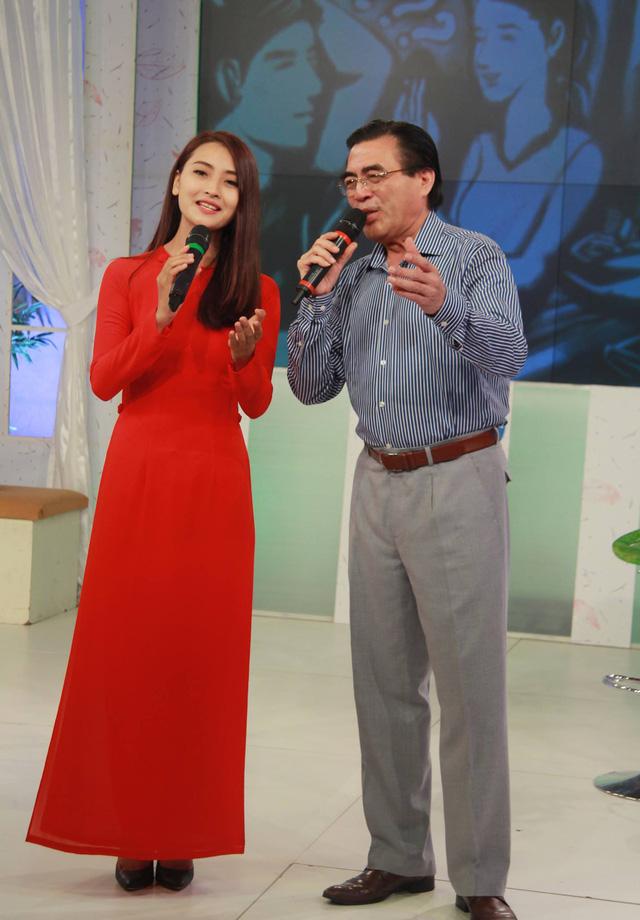 top 10 bai van mau ta ca si dang bieu dien hay nhat 1 - Top 10 bài văn mẫu tả ca sĩ đang biểu diễn hay nhất