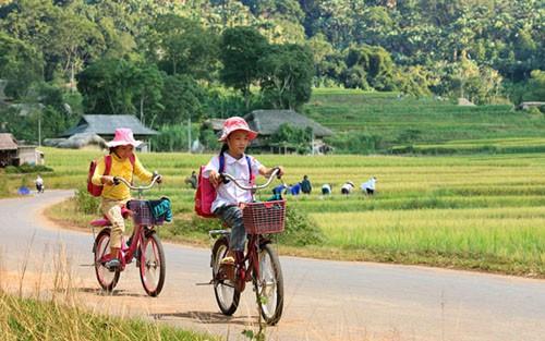 top 10 bai van mau ta con duong den truong 4 - Top 10 bài văn mẫu tả con đường đến trường