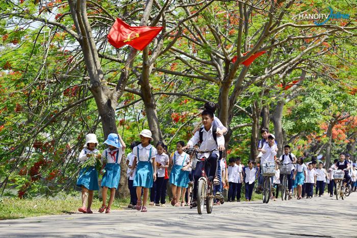 top 10 bai van mau ta con duong den truong 6 - Top 10 bài văn mẫu tả con đường đến trường
