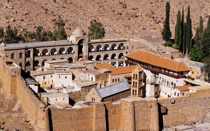 top 10 dia diem du lich dep noi tieng nhat o ai cap 7 - Top 10 địa điểm du lịch đẹp nổi tiếng nhất ở Ai Cập