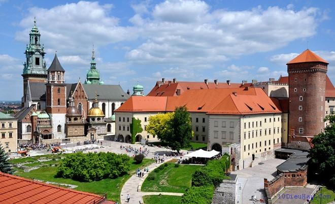 top 10 dia diem du lich dep noi tieng nhat o ba lan 5 - Top 10 địa điểm du lịch đẹp nổi tiếng nhất ở Ba Lan