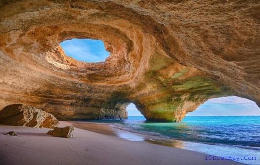 top 10 dia diem du lich dep noi tieng nhat o bo dao nha 1 - Top 10 địa điểm du lịch đẹp nổi tiếng nhất ở Bồ Đào Nha