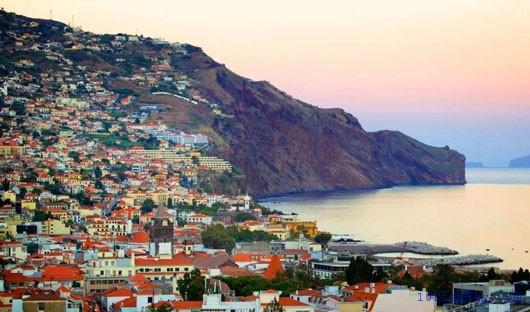 top 10 dia diem du lich dep noi tieng nhat o bo dao nha 9 - Top 10 địa điểm du lịch đẹp nổi tiếng nhất ở Bồ Đào Nha