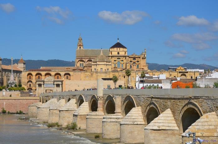 top 10 dia diem du lich dep noi tieng nhat o tay ban nha - Top 10 địa điểm du lịch đẹp nổi tiếng nhất ở Tây Ban Nha