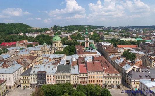 top 10 dia diem du lich dep noi tieng nhat o ukraina 8 - Top 10 địa điểm du lịch đẹp nổi tiếng nhất ở Ukraina