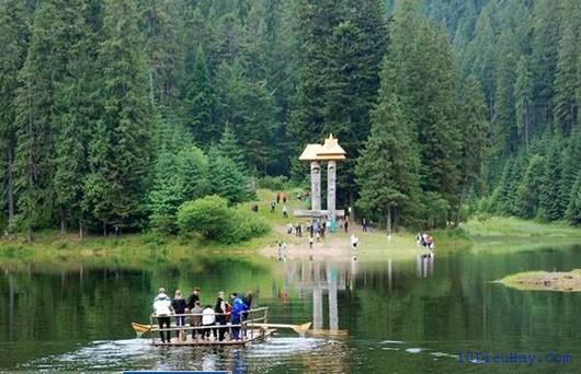 top 10 dia diem du lich dep noi tieng nhat o ukraina 9 - Top 10 địa điểm du lịch đẹp nổi tiếng nhất ở Ukraina