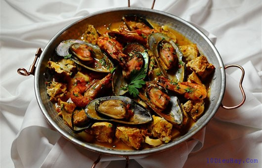 top 10 mon an ngon noi tieng nhat o bo dao nha 3 - Top 10 món ăn ngon nổi tiếng nhất ở Bồ Đào Nha